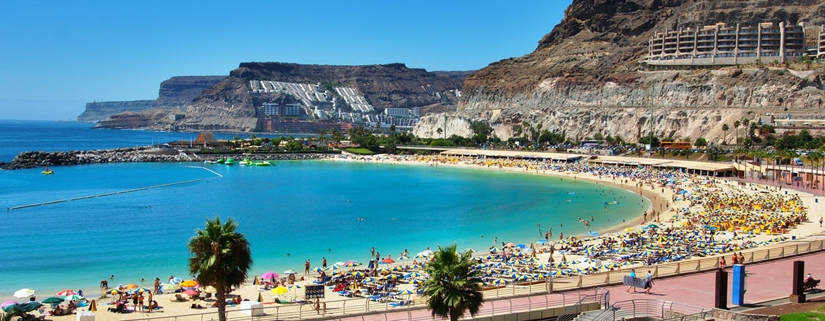 Goldcar gran canaria airport spain office car hire for Oficina turismo canarias